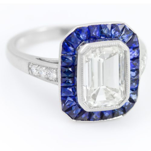 , Vintage Oval Sapphire Fashion Ring Bezel Set in a Yellow Gold and Diamond Mounting