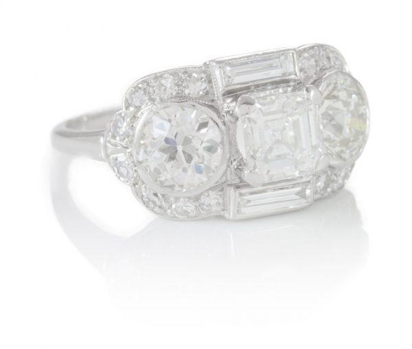 , 3.31CTTW Diamond Ring in Platinum
