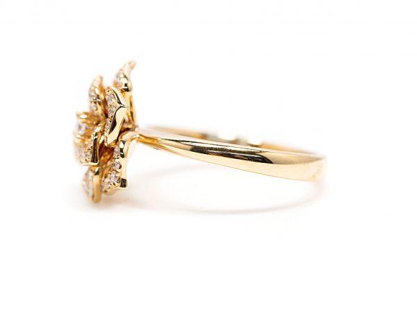 , 18kt Rose Gold Diamond Flower Fashion Ring