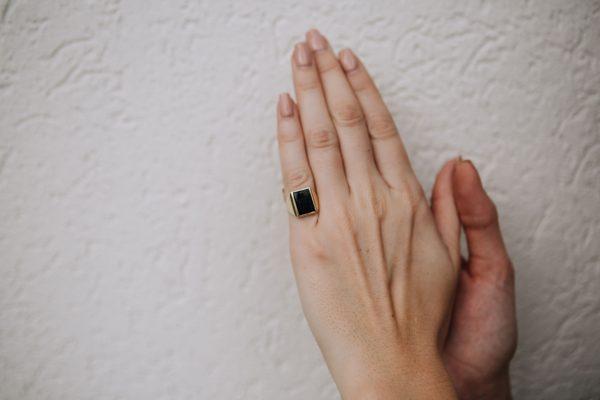 , Vintage Onyx Masonic Signet Ring; size 4.5
