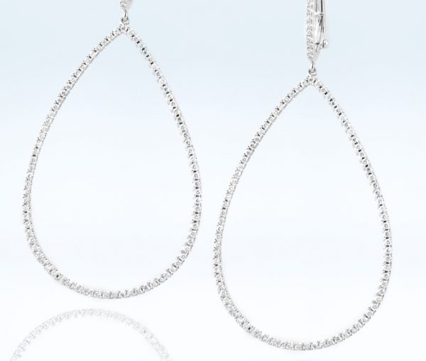 , Diamond Oval Hoops Earrings 18K White Gold
