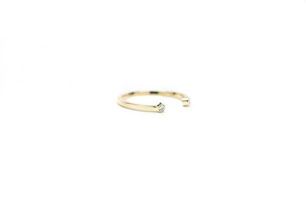 , Diamond Bezel Stacker 14 KT Yellow Gold