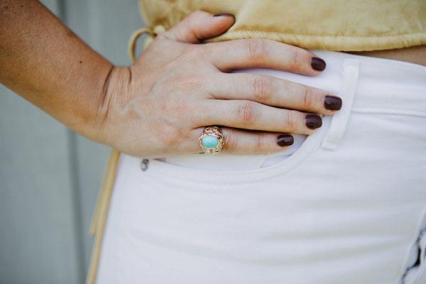 , Basket Weave Gold Circa 1940 Turquoise Ring