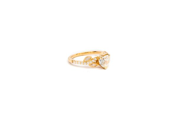 , 1.02 Diamond Heart Ring