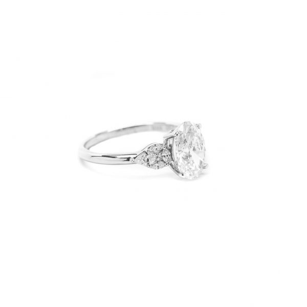 , 2.05 CT Oval Engagement Ring